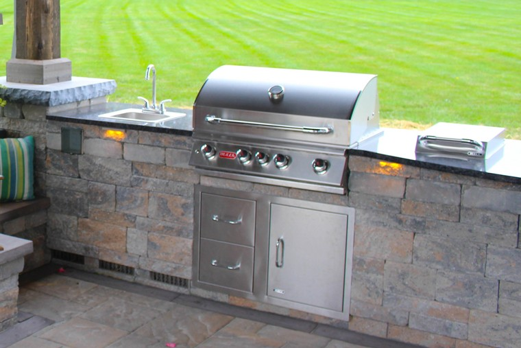 7 Ideas for Designing an Outdoor Kitchen | From an Design ...