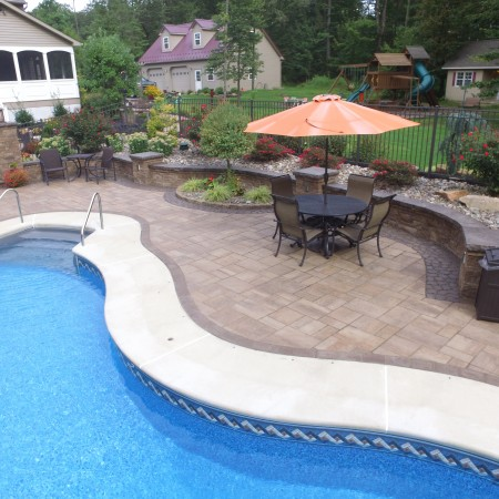 Hardscape Patio Contractor for my Swimming Pool