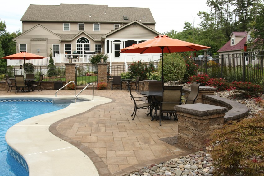 Pool Designer with Hardscape Patio Pottstown