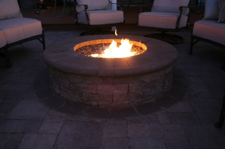 Buy a Gas Fire Pit for your Backyard