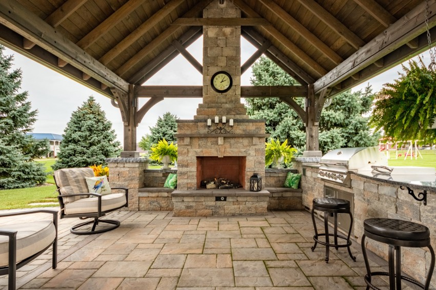 Find a Builder to build a Pavilion with a Fireplace