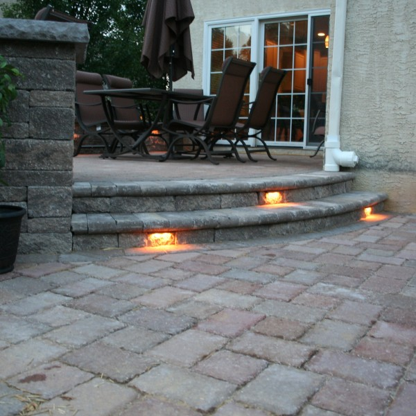 Willow Gates Landscaping Raised Patio Design