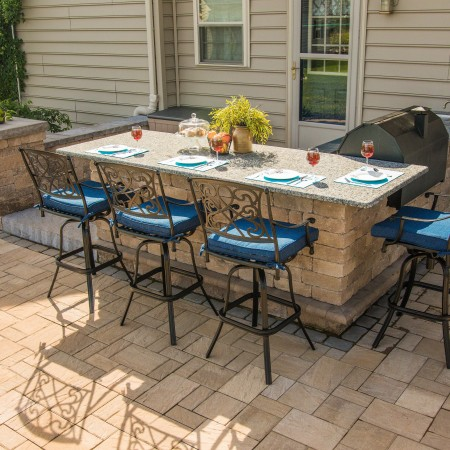 Outdoor Meals With Your Family And Friend