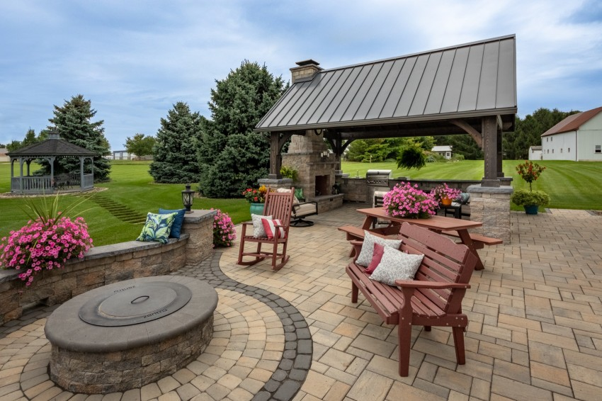 Patio Fire Pit Builder in PA