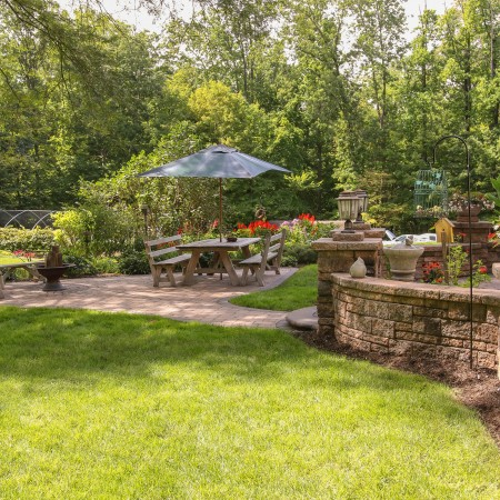 Hire a Hardscape Contractor for your Patio Build