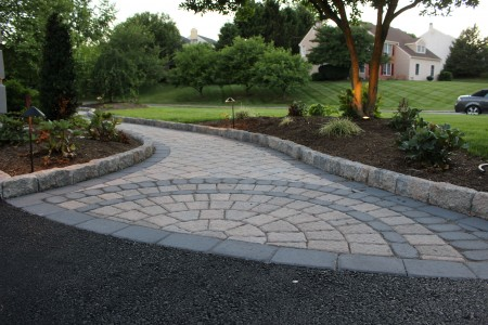 Circle Paver Inlay built by Willow Gates Landscaping.