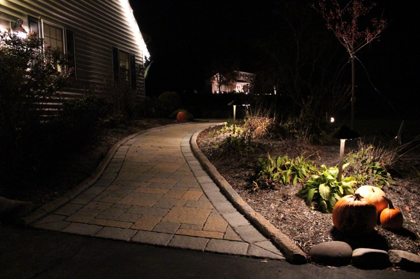 Find a Contractor for a Paver Walkway