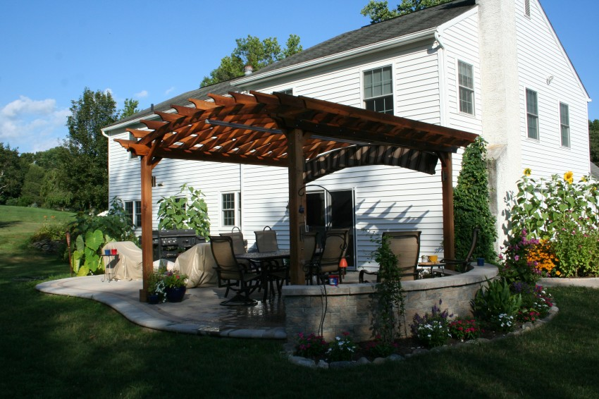 Get Free Ideas for a Pergola and Hardscape Project