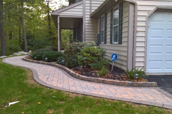 Walkway Paver Sealing and Cleaning