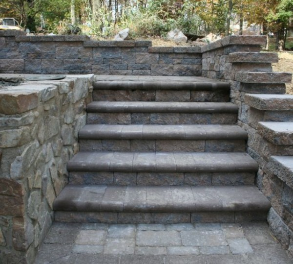 Build a Stone Retaining Wall in PA